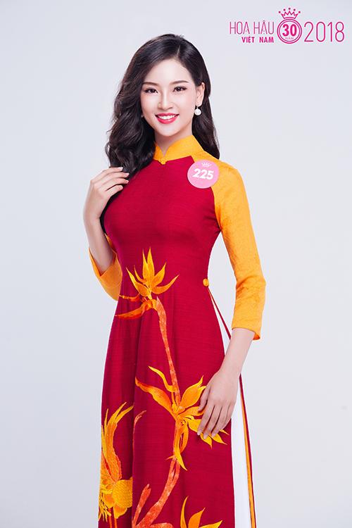 Phạm Ngọc Khánh Linh là một trong những thí sinh 10x gây chú ý nhất từ đầu cuộc thi.