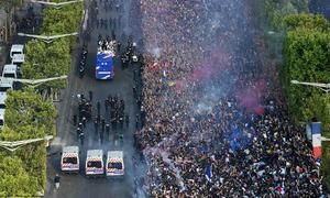 Gần 300 người Pháp bị bắt sau màn ăn mừng chức vô địch