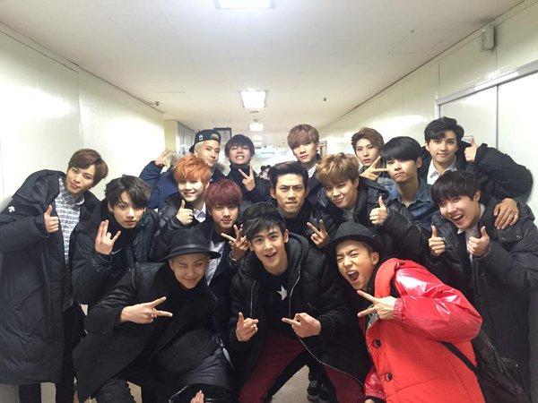BTS từ một nhóm nhạc thân thiện và sở hữu nhiều bạn từ những boygroup khách. Khi gặp nhau trong hậu trường, BTS cùng 2PM, VIXX tụ hội, tạo nên một bức ảnh trai đẹp cực cool ngầu.