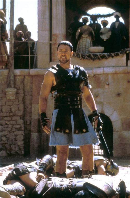 Nhắc đến Russell Crowe, khán giả sẽ nhớ đến chàng đấu sĩ đã đánh cắp trái tim của hàng triệu phụ nữ trên toàn cầu kể từ bộ phim Gladiator năm 2000.