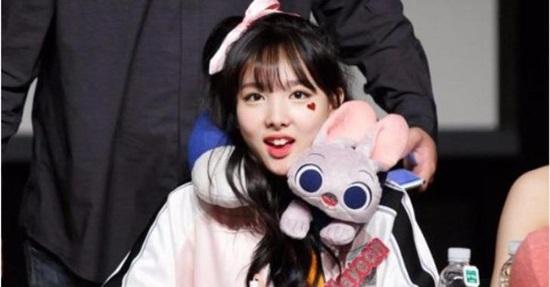 Bạn biết gì về Na Yeon (Twice)? - 4