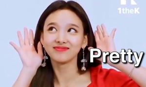 Trình 'tự sướng' nhan sắc khó ai bì nổi của Na Yeon