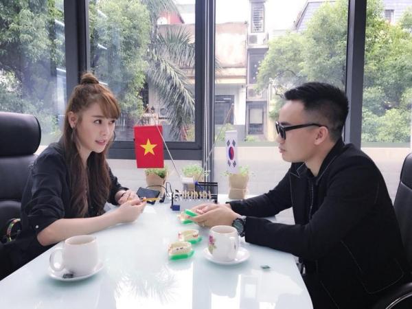 Quế Vân có buổi đàm đạo với NTK Hà Duy.