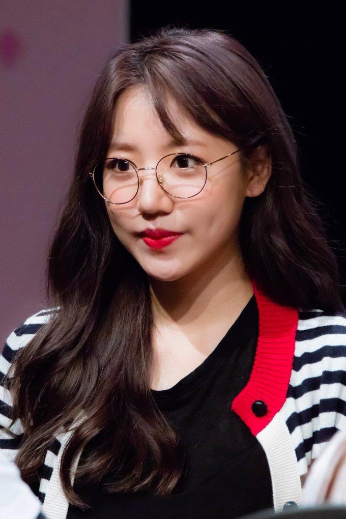 <p> Đứng ở vị trí thứ 4 là Nam Joo, idol bị mỉa mai là ''ca phẫu thuật thẩm mỹ hỏng'.</p>