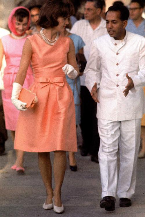 Những khoảnh khắc thời trang huyền thoại của Đệ nhất phu nhân Jackie Kennedy - 4