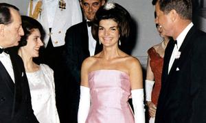 Khoảnh khắc thời trang huyền thoại của Đệ nhất phu nhân Jackie Kennedy