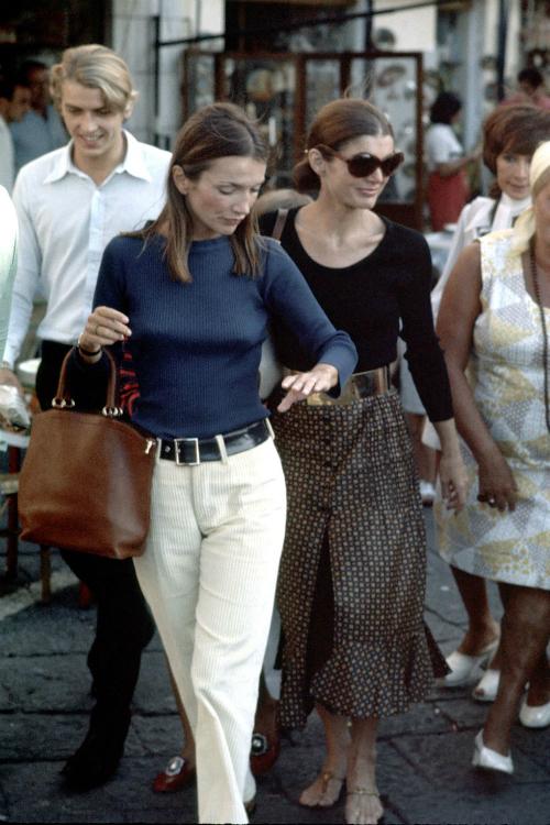 Những khoảnh khắc thời trang huyền thoại của Đệ nhất phu nhân Jackie Kennedy - 7
