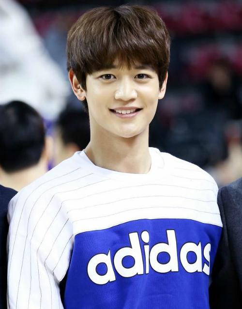 Jin (BTS) chính mẫu con rể quốc dân trong mắt netizen Hàn - 3