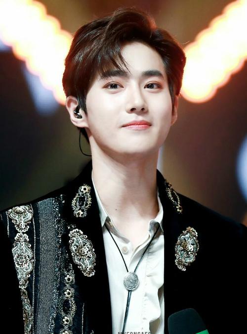 Jin (BTS) chính mẫu con rể quốc dân trong mắt netizen Hàn - 5
