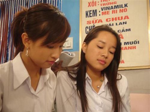 Vàng Anh và Minh là bạn thân trên phim lẫn ngoài đời thực.