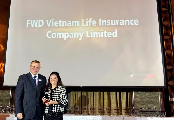 Công ty bảo hiểm đầu tiên của Việt Nam đạt giải thưởng Sáng kiến Marketing của Năm khu vực Châu Á - 1