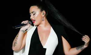 Demi Lovato đứng trước nguy cơ tan tành sự nghiệp vì sốc ma túy