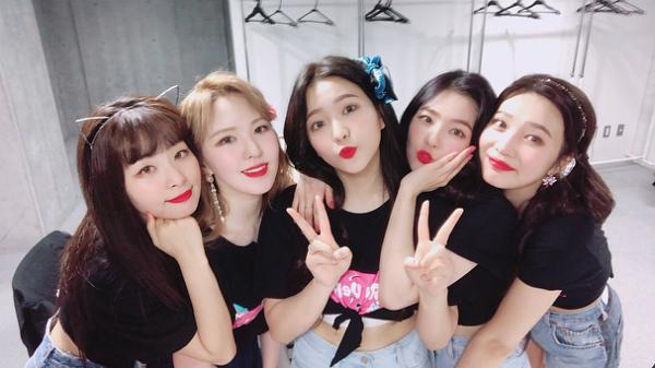 Top 3 nhóm nữ Kpop, ai được quân nhân Hàn yêu thích nhất? - 1