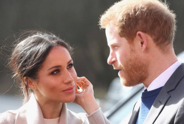 Theo nguồn tin củaThe Sun, vợ Hoàng tử Harry, Meghan Markle cho rằng đây là một quy tắc kỳ lạ nhưng cô vẫn nhanh chóng hòa nhập với cuộc sống hoàng gia.