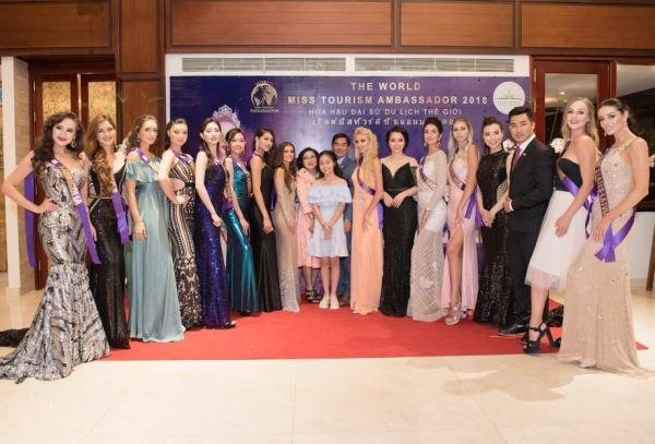 Tối 27/7, tại một khu du lịch tại Hội An, tỉnh Quảng Nam đã diễn ra buổi tiệc khai mạc vòng chung kết cuộc thi Hoa hậu đại sứ du lịch thế giới 2018. Đây là cuộc thi nhan sắc dành cho các cô gái có độ tuổi từ 18-28, có niềm đam mê du lịch và mong muốn trở thành Đại sứ du lịch và từ đó đảm nhiệm sứ mệnh truyền tải thông điệp Du lịch thân thiện, tích cực và hiện đại tới công chúng.