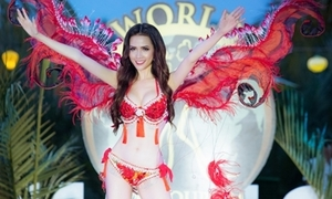 Phan Thị Mơ giành chiến thắng khi diễn bikini tự thiết kế bốc lửa