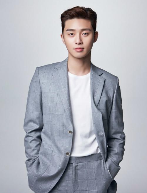 Park Seo Joon giải thích vì sao anh và Park Min Young có phản ứng hóa học mạnh mẽ trong phim.