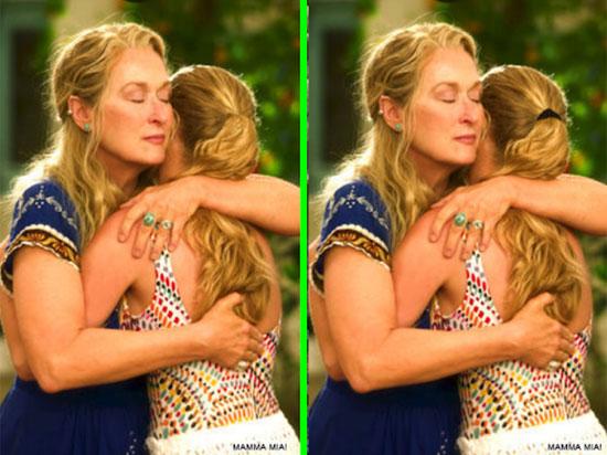 Phát hiện điểm khác biệt trong phim Mamma Mia - 5