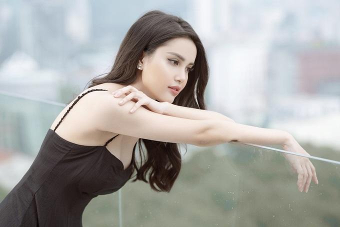 Nhan sắc cô gái được dự đoán thay Thanh Tú thi Hoa hậu Quốc tế
