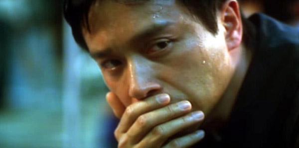 Dị độ không gian - bộ phim cuối cùng có nhiều điểm trùng hợp với cái chết của nam diễn viên.