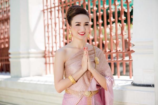 Hiện tại, bên cạnh việc điều hành doanh nghiệp, Ngọc Diễm giữ vai trò Phó Chủ tịch thường trực Liên đoàn các nhà lãnh đạo và doanh nhân trẻ thế giới tại Việt Nam (JCI Việt Nam), Trưởng Ban Truyền Thông của Hội Doanh Nhân Trẻ TPHCM (YBA). Cô sống tại TP HCM cùng con gái Chiko và thường xuyên đi du lịch để thoả mãn niềm đam mê của mình.