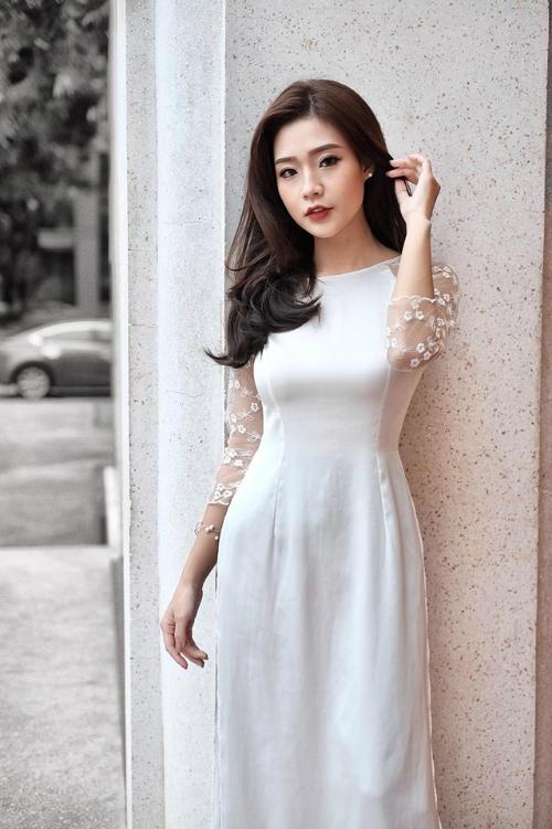Vợ sắp cưới của Rhymasstic Thanh Huyền sinh năm 1996 tại Hà Nội. Hiện tại cô đang theo học khoa Khách sạn  du lịch, trường Đại học Thương Mại.