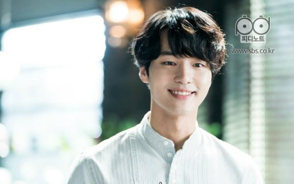 8 nam thần thế hệ mới của drama Hàn chỉ liếc mắt cũng đủ nghiêng ngả - 5
