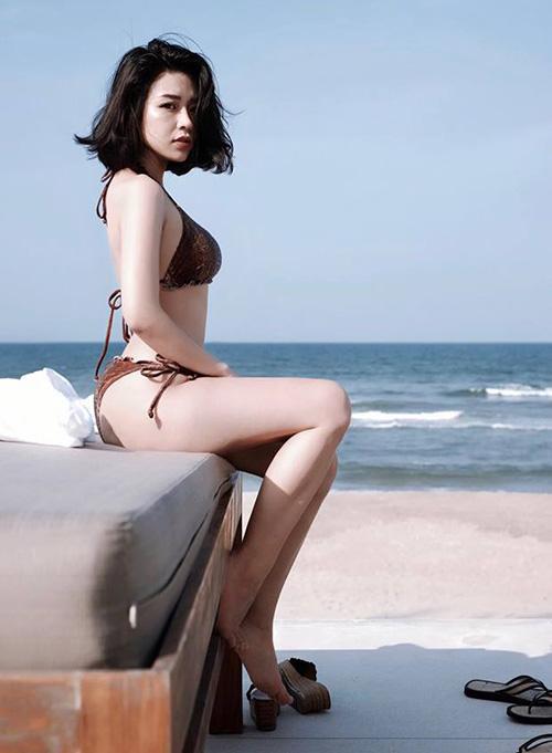 Thân hình của Thanh Huyền trong một bức ảnh bikini nhận được nhiều lời khen ngợi.