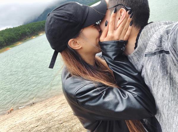 Bạn gái Huỳnh Anh công khai ảnh khóa môi bạn trai.