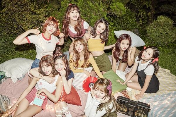 Bên cạnh doanh thu album ấn tượng, mảng nhạc số của Twice cũng rất khủng.