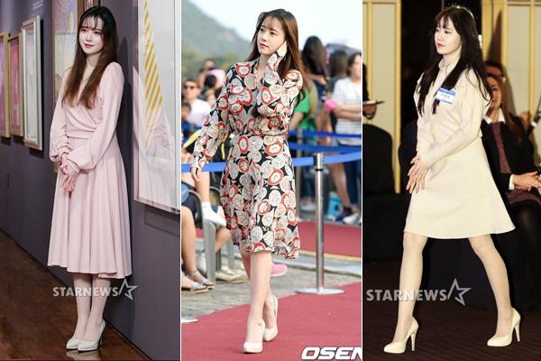 Kể cả khi diện váy dài quá gối, cô nàng vẫn không thể thiếu món phụ kiện này. Với mỹ nhân sở hữu làn da trắng sáng như Goo Hye Sun, cô không cần thêm tất da chân trắng bệch cũng đã đủ xinh đẹp.