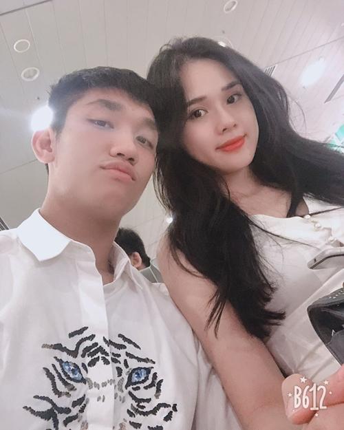 Bạn gái mới xinh đẹp như hoa hậu của Trọng Đại U23