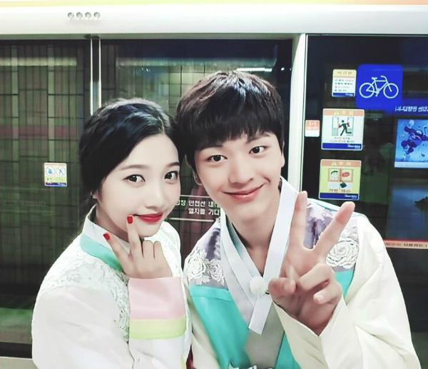 Sung Jae - Joy: Cặp đôi được các tin đồ We Got Married gán ghép bất chấp
