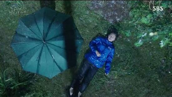 Các chi tiết trong phim While You Were Sleeping, bạn còn nhớ? - 11