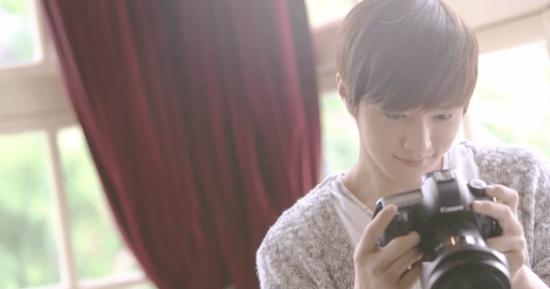 8 idol Kpop có khả năng trở thành photographer nếu thất nghiệp