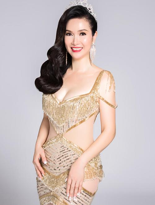 Những chuyện thâm cung giờ mới kể về các hoa hậu Việt Nam đời đầu