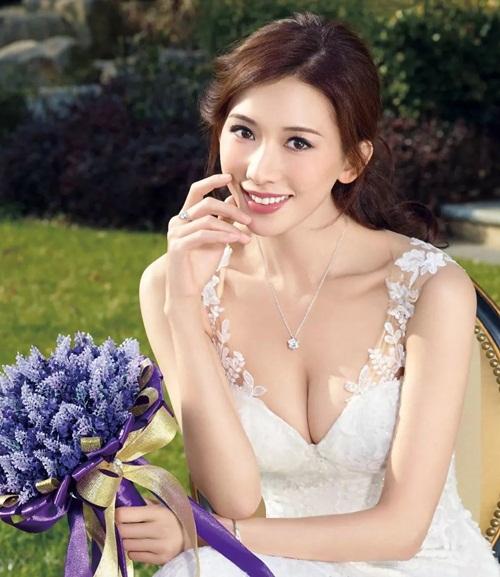 7 sao nữ Cbiz có tiếng đào hoa, tình sử phong phú - 5