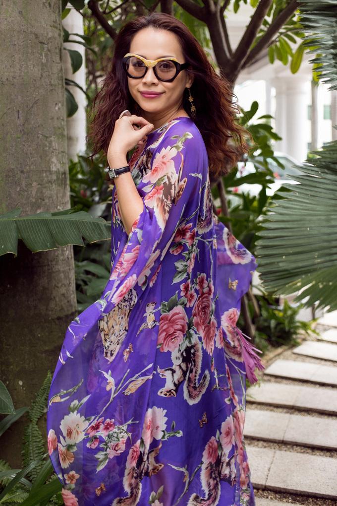 <p> Sau thời gian định cư ở nước ngoài, chị tích cực hoạt động trở lại khi về Việt Nam.</p>