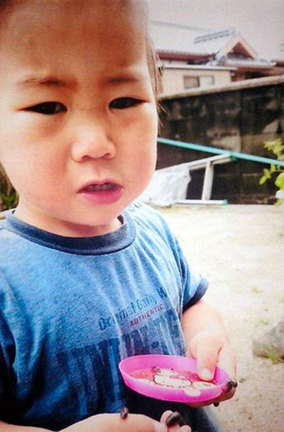 Bé Yoshiki Fujimoto tròn 2 tuổi hôm 13/8, một ngày sau khi em đi lạc. Ảnh: Ya