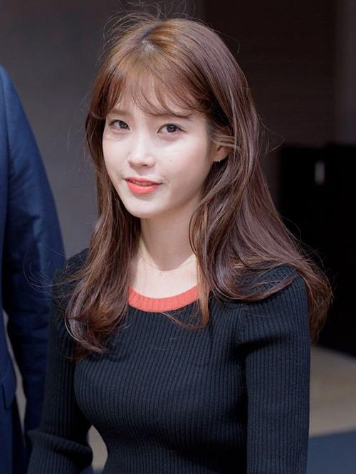 3 màu tóc nâu của idol Hàn giúp da sáng bừng không cần đánh phấn - 4