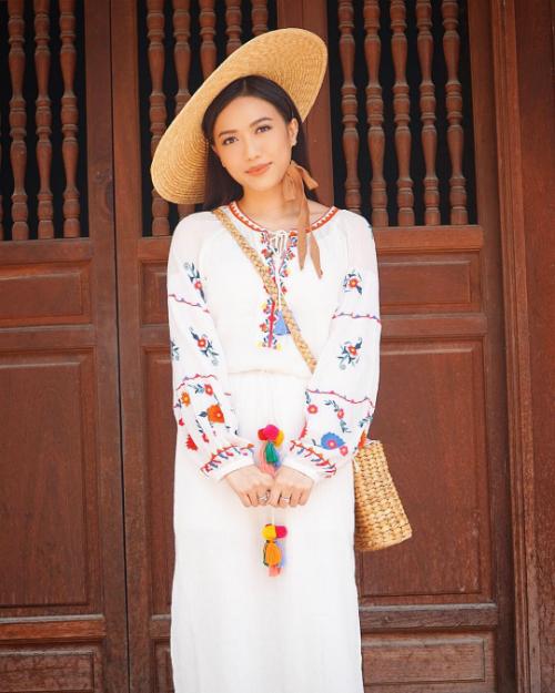 Bỏ bùa fan với phong cách thời trang ngày một lên hạng, Diệu Nhi ngày càng chứng tỏ được tài năng và sức hút cá nhân.