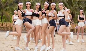 Thí sinh Hoa hậu Việt Nam gợi cảm với trang phục thể thao
