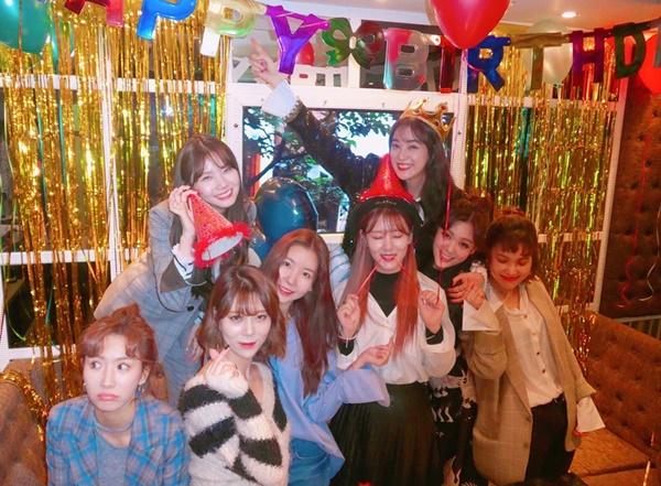 Các thành viên hiện tại và đã tốt nghiệp của After School vẫn luôn nhớ ngày sinh nhật của nhau để cùng đến chung vui.