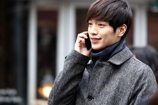 Bạn biết gì về chàng robot điển trai Seo Kang Joon? - 4