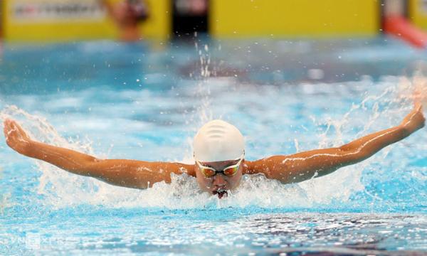 Ánh Viên tranh tài ở chung kết 400m cá nhân hỗn hợp nữ Asiad 2018 tối 21/8. Ảnh: Đức Đồng/VnExpress