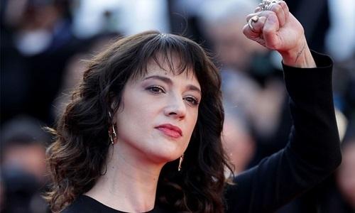 Chuyện trớ trêu ở Hollywood: Biểu tượng của #Metoo lại là thủ phạm xâm hại tình dục