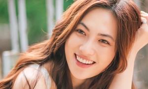 Phương Anh Đào: 'Tôi vật lộn với Thái Hòa trong hai ngày vì một nụ hôn'