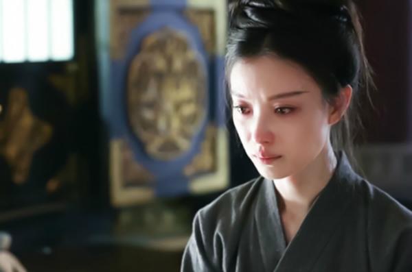 Nhân vật của Nghê Ni chịu khá nhiều đau khổ.