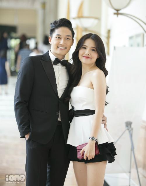 Đình Tú và Phanh Lee tiếp tục được giao cho hai vai chính của phim.