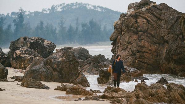 Phim đi theo hành trình của nhân vật chính.